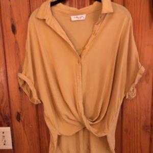 Tops - Molly Green Mustard short sleeve shirt